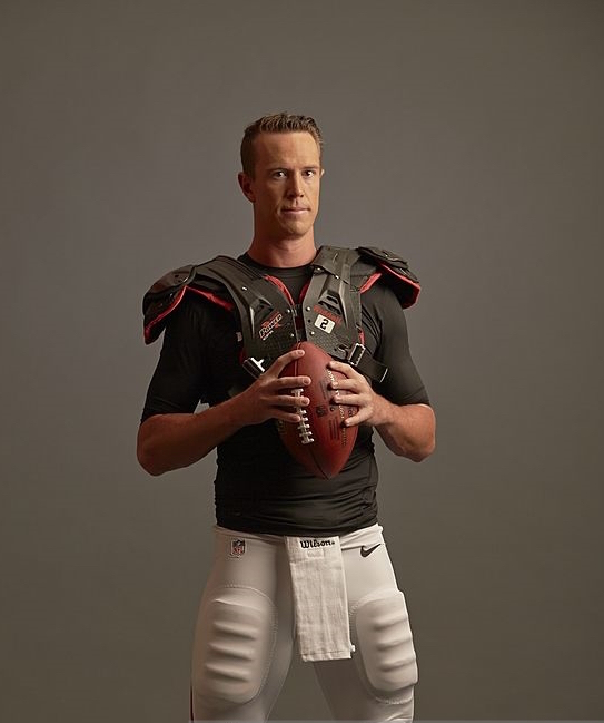 Football: NFL Season Preview: Portrait of Atlanta Falcons QB Matt Ryan (2) during photo shoot at Falcons' Headquarters Complex. Flowery Branch, GA 8/4/2014 CREDIT: Al Tielemans (Photo by Al Tielemans /Sports Illustrated/Getty Images) (Set Number: X158505 TK1 )